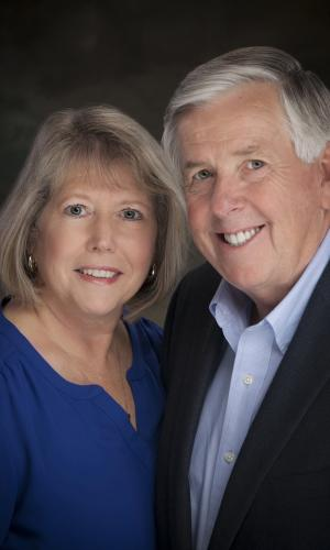 Governor Mike Parson & First Lady Official Photo