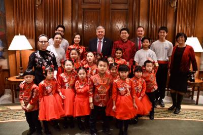 Children pose in Governor's Office for Lunar New Year